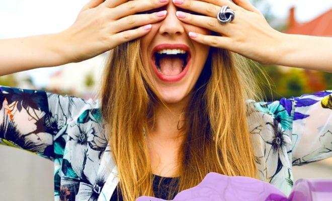 Aprende a decorar tus uñas ¡sin hacer desastres!