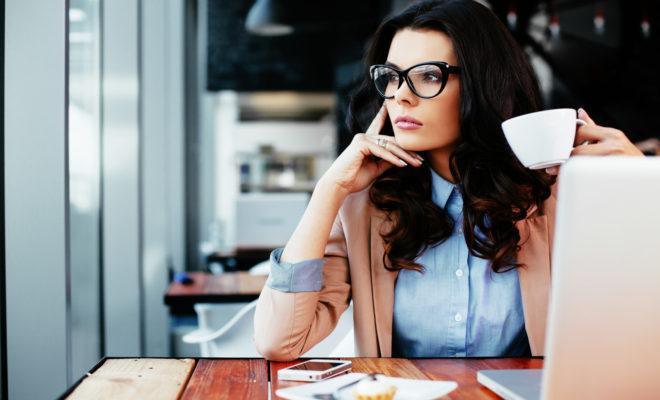 Lo que hay en la mente de una mujer 24 horas al día.