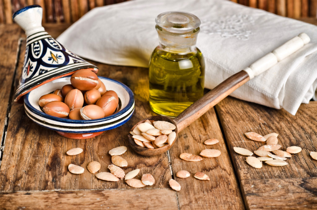 Argan fruit, seeds and oil, used for casmetic and alimentary products