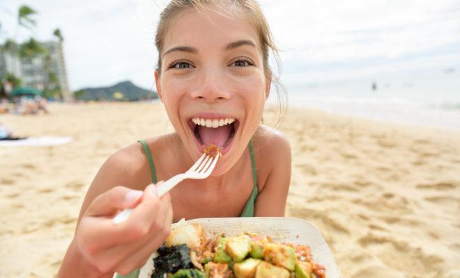 Los mejores consejos para evitar subir de peso en vacaciones.