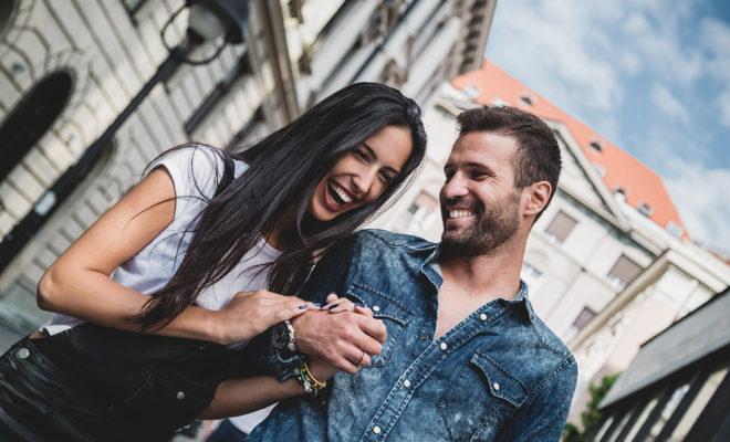 ¿Cómo saber cuando realmente le interesas a un hombre?