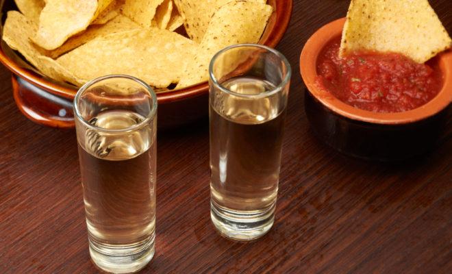 4 bebidas preparadas con mezcal