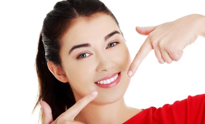 13 productos naturales que te ayudan a blanquear los dientes