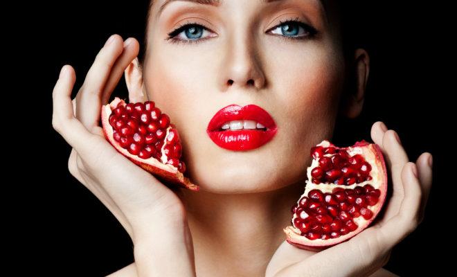 Los grandes beneficios de la granada en tu belleza