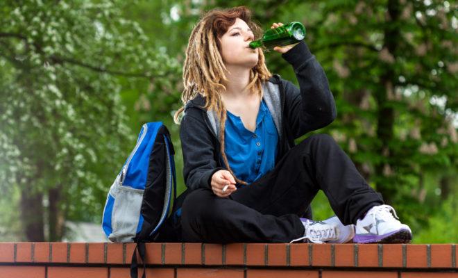 Ayuda a tu hijo adolescente a no tener excesos