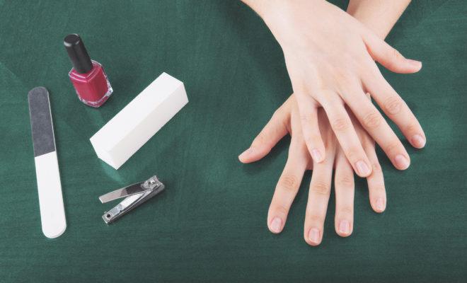 Deja descansar tus uñas para que luzcan bellas