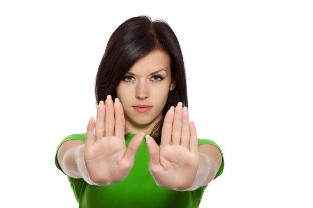 stop-alto-mujer-fuerte