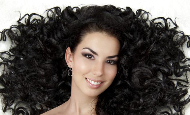 DIY Mascarilla para hidratar el cabello rizado