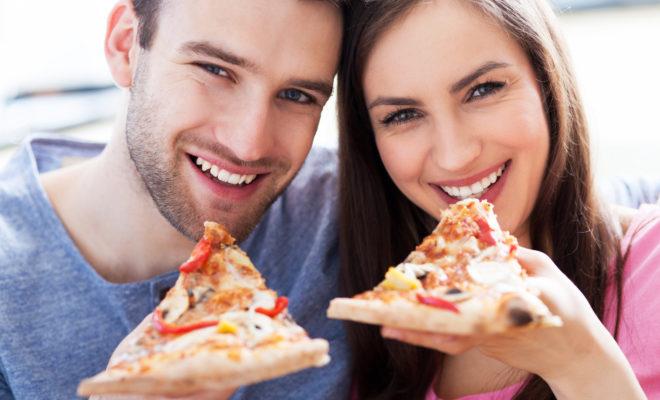 Si eres feliz con tu pareja, subirás de peso