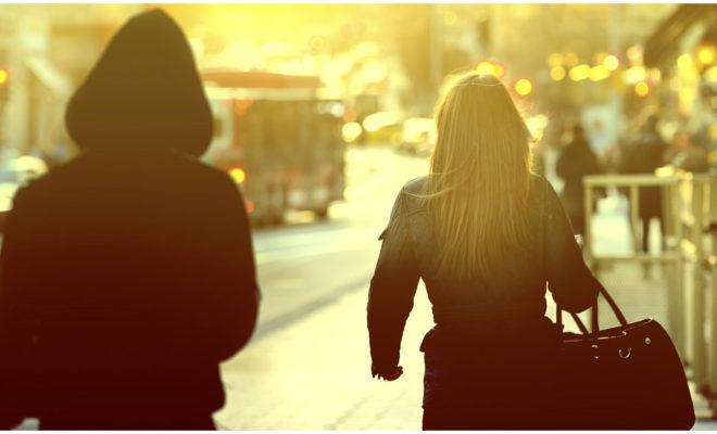 Situaciones que pueden ponerte en riesgo como mujer: ¡mucho ojo con la 3ª!