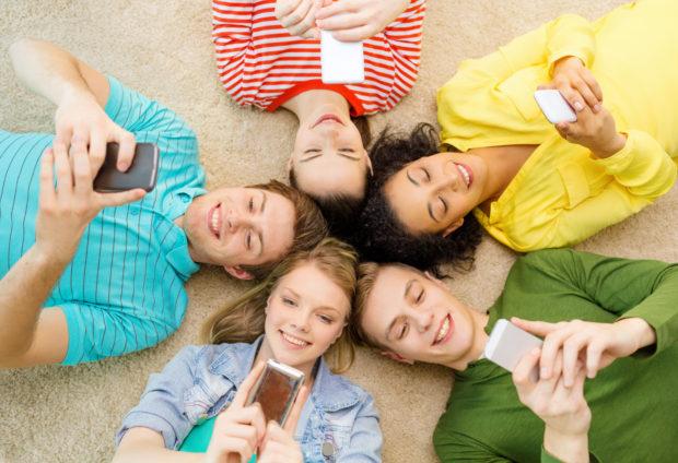 redes sociales celulares
