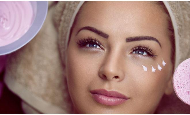 Cómo tratar la piel seca alrededor de tus ojos
