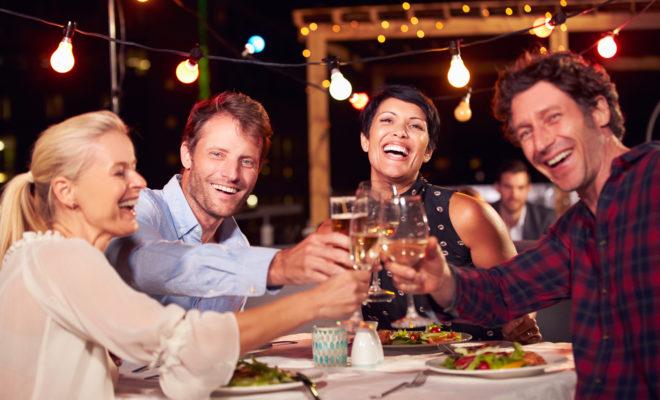 Conoce los beneficios de una double dating ¡y goza al máximo!