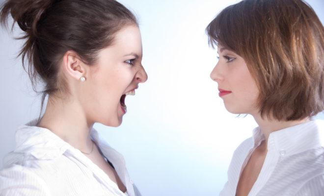 8 peleas entre amigas que rompen su amistad