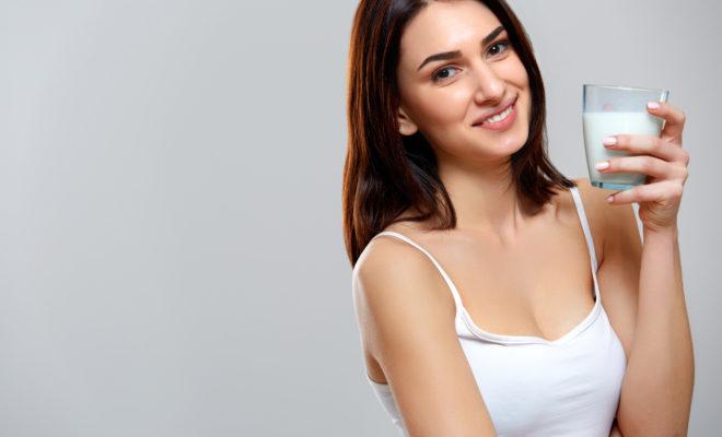 Magníficos beneficios de la leche de almendras para tu cuerpo