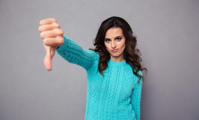 8 señales de que eres una mujer muy criticona y cómo solucionarlo