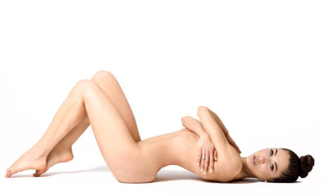 5 beneficios de dormir desnuda que vas a querer comprobar
