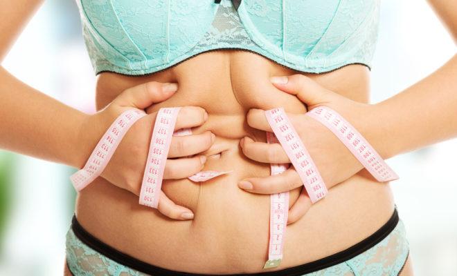 Por qué se acumula la grasa en el abdomen