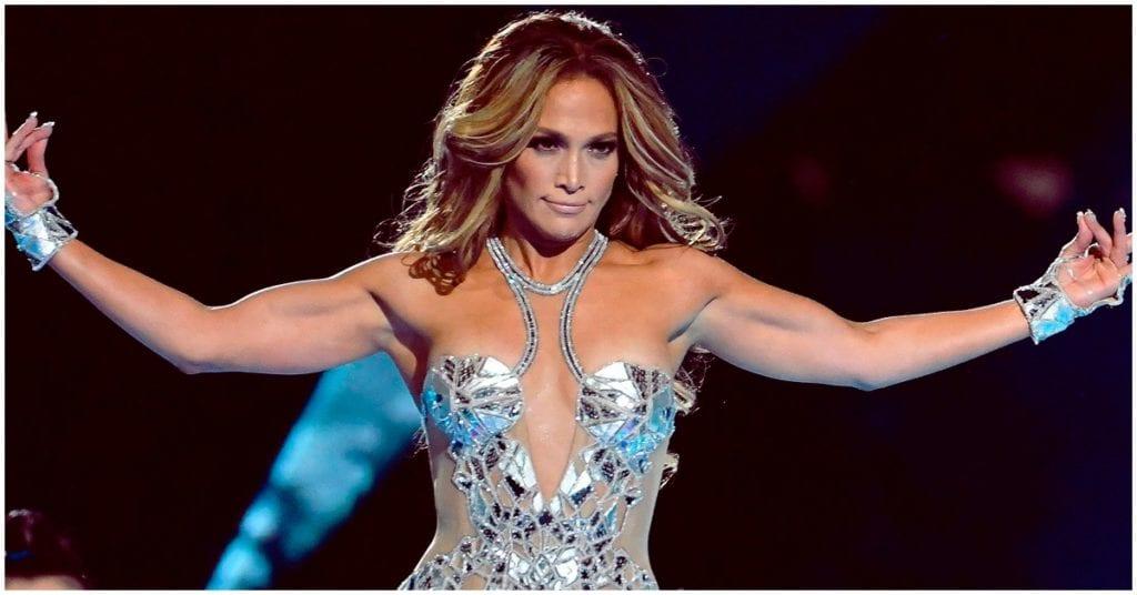Trucos de belleza de J. Lo. para verse súper bien