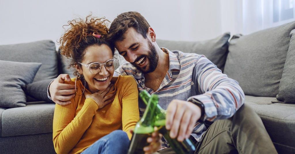 Hábitos asquerosos que tienen las parejas que viven juntas