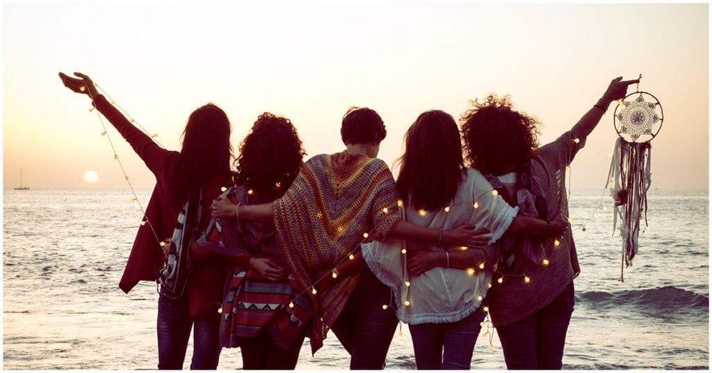 Hay amigas que no permanecerán para siempre en tu vida y no tiene nada de malo