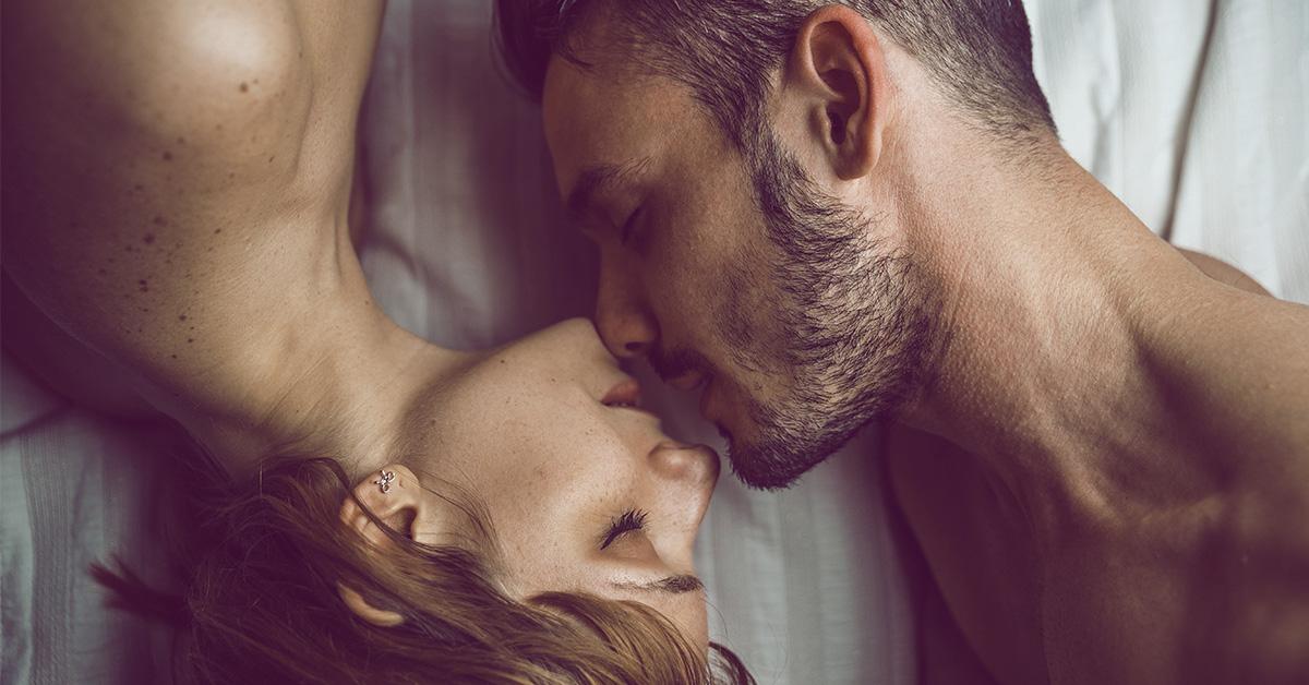 Señales de que tu pareja es buena en la cama