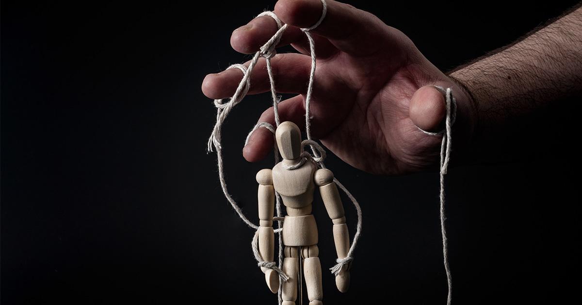 Tienes cerca a un ¿manipulador emocional?