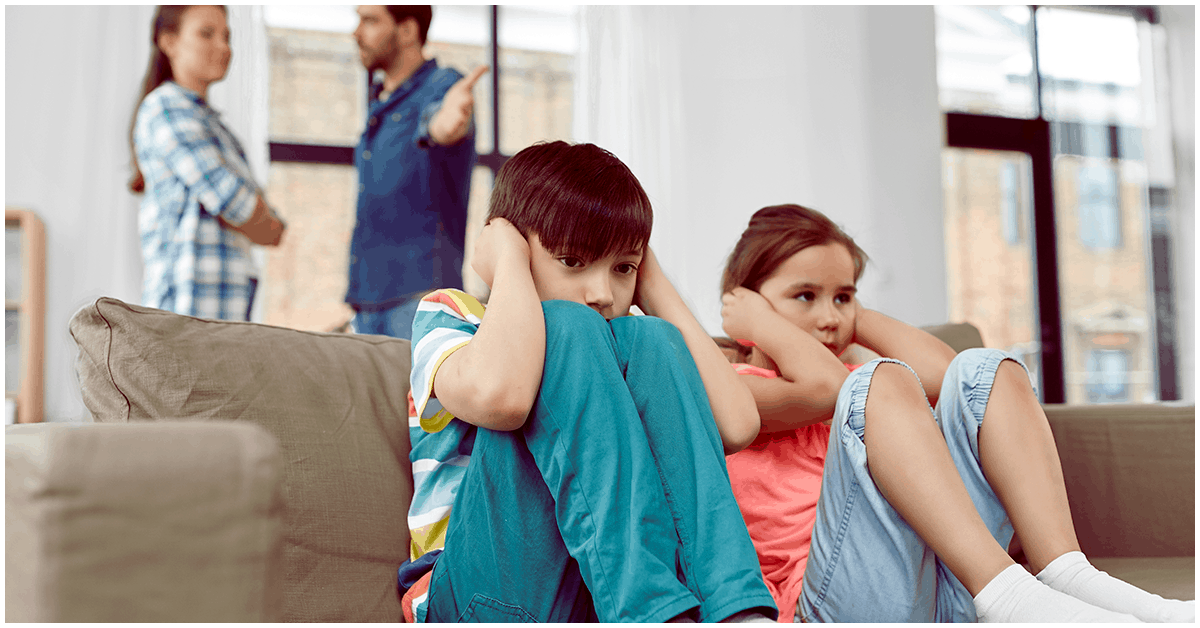 No permitas que tus hijos vean que te quedas en una relación tóxica
